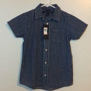 Tommy Hilfiger boys button shirt denim size 5 NWT